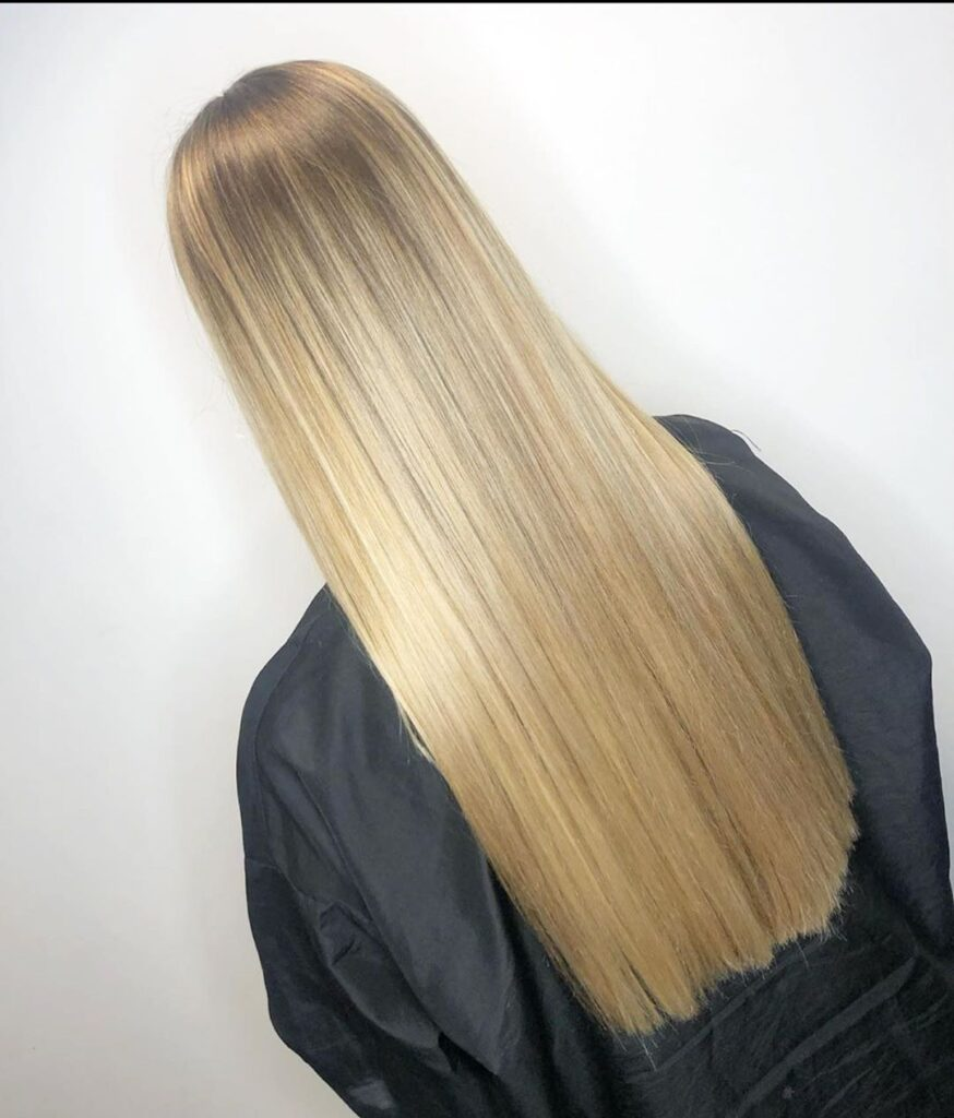 blonde straight hairstyle