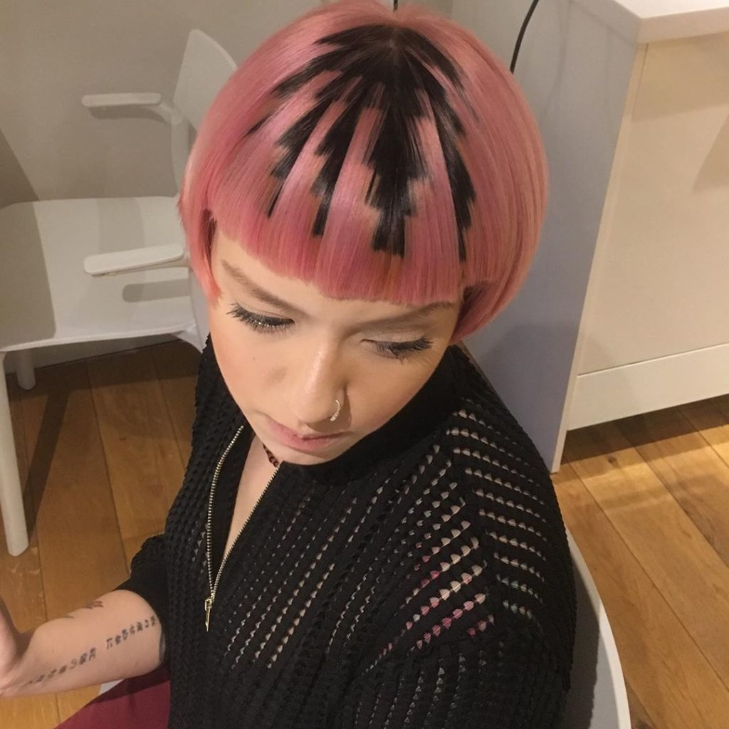 pink zigzag hairstyle