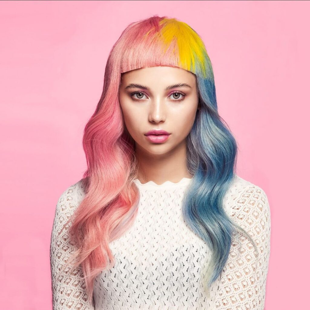 colorful wavy hairstyle
