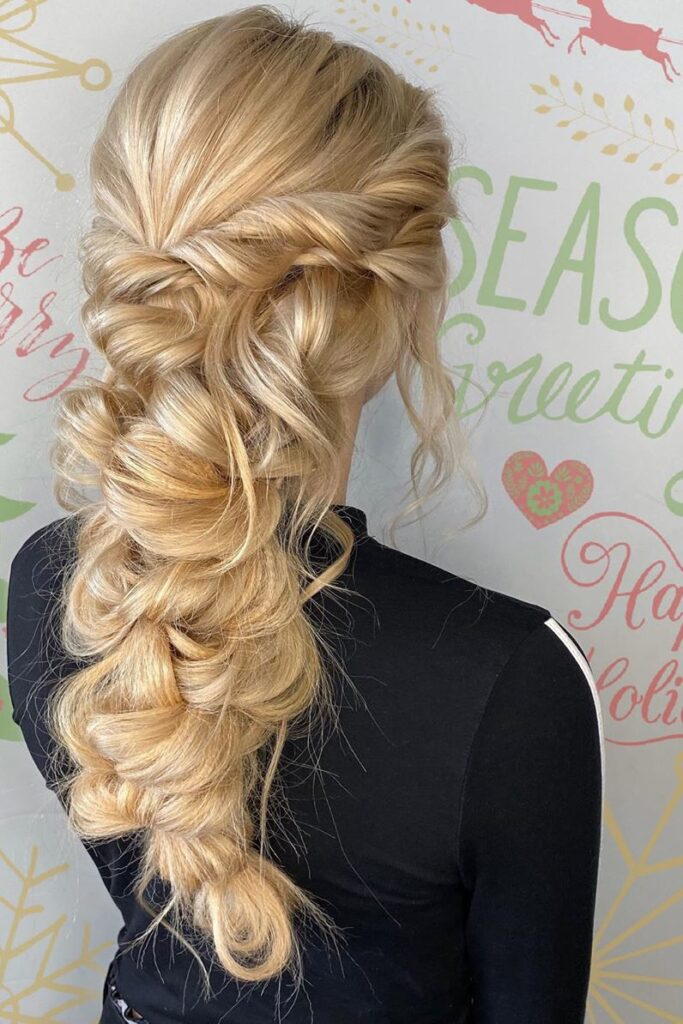 long blonde braid wavy hairstyle