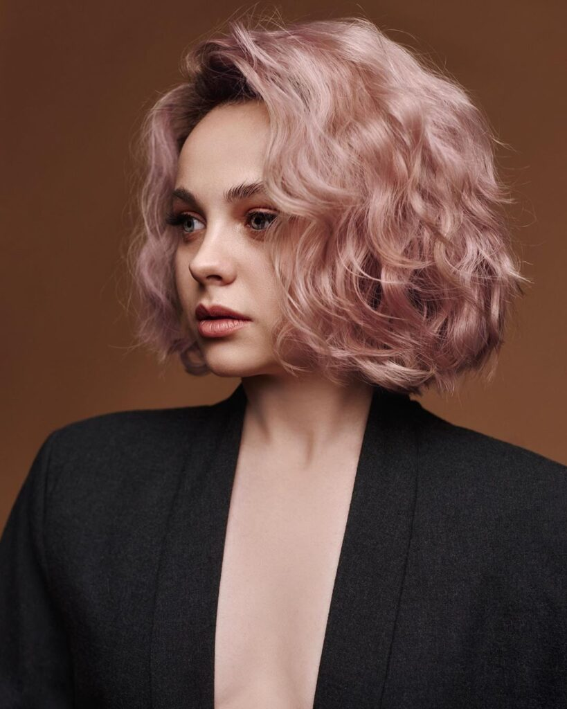 short pink wavy hairstyle