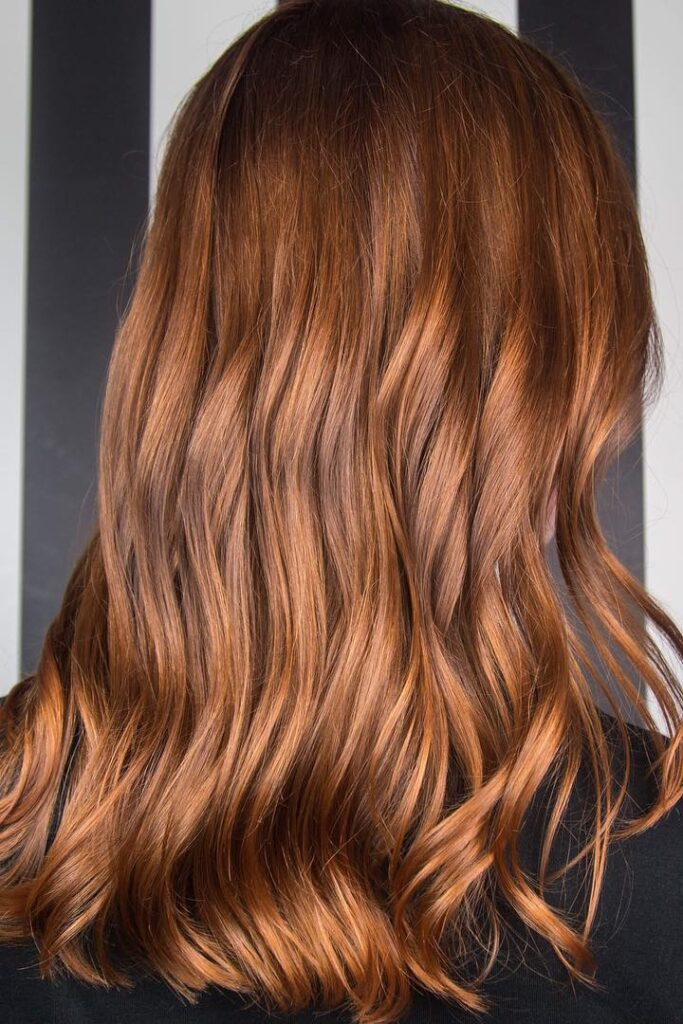 long copper wavy hairstyle