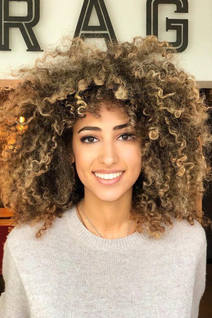 curly messy hairstyle