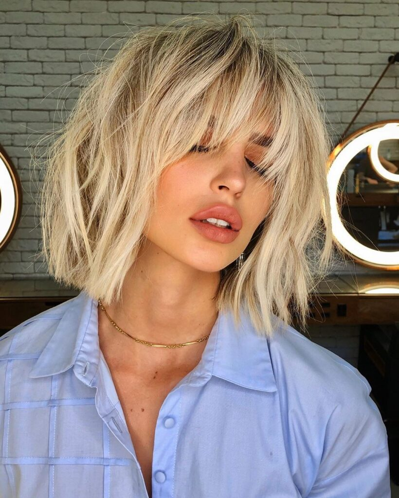 messy blonde hairstyle