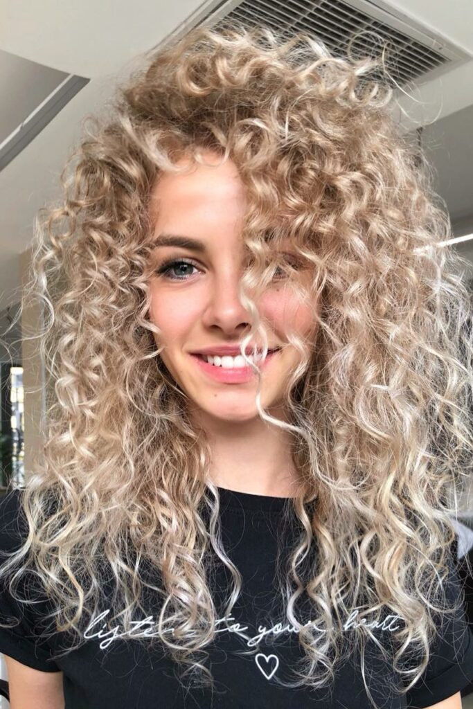 Long Curly Blonde Hairstyle